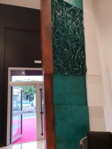 inaugurazione Facchini scultura tubi