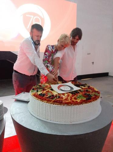inaugurazione facchini taglio torta
